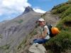 Antonia geniesst die Bergwelt